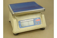 AND  Digital Scale, 2000g / 4.4 LB. Sk-2000 III , M4135852