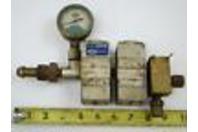 Union Carbide Type R-502 Welding Products Gas Regulator