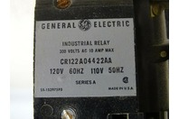 General Electric Company  Industrial Relay  300 Volts, 120v, CR122A04422AA