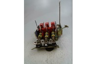 Suare D Disconnect Switch , conductors, low peak fuse SER B , 9433TF2
