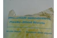 Gesipa  Plastic Blind  6x12, Rivots