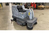 Nilfisk-Advance 2042 Floor Scrubber