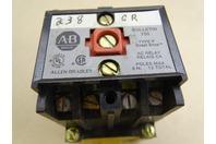 Allen Bradley  AC Relay  , 700-P400A1 SER  B