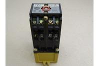 Allen-Bradley  Relay  , 700-P800A1 SER B