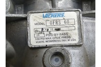 "Vickers  Filter Base with Filter  1 1/2"" Ports , 0FRS 60"