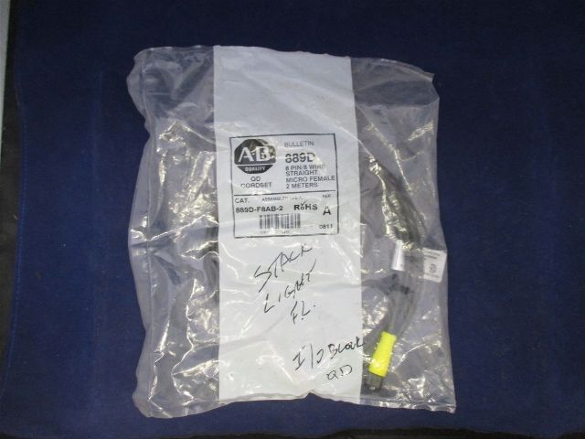 Allen-Bradley 8 Pin Straight Micro Female 889D-F8AB-2