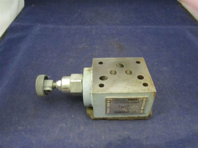 Denison Reducer 026-27354 SRF 021131B1