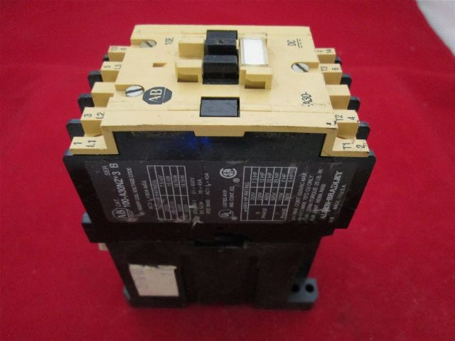 Allen Bradley 100-A30NZ*3 Contactor
