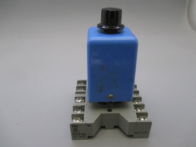 Guardian 0221-1220-3100 Time Delay Relay w/ socket
