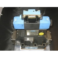 Vickers 4-way directional valve # DG5S-8-33C-T-K- M-FW-B6-40-EN 461 with 110 vac