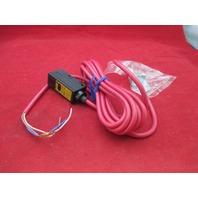 Omron E3S-2LE41 Photoelectric Sensor
