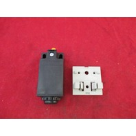 Rittal PS 4127 Door Operated Switch new