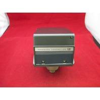 UE United Electric J300  137 Pressure Controller