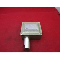 UE United Electronic J7 9641 Pressure Switch