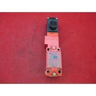 Telemecanique XCS-L787B3 Limit Switch