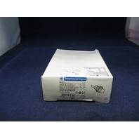 Telemecanique XS2 M18PB370 Proximity Sensor new