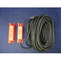 STI  MC-S2 44531-0260 Magnetic Interlock Actuator /Sensor