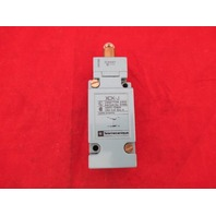 Telemecanique XCK-J + ZCKE67 Limit Switch