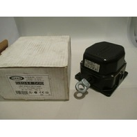 Rees 04944-500 Cable Operated Switch new