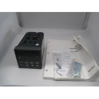 Honeywell DC300K-E-A03-20-0000-0 UDC 3000 Versa Pro New