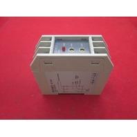 Keyence AT-204 Sensor Amplifier
