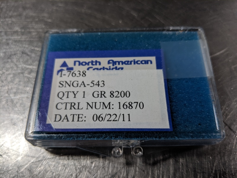 North American CBN Carbide Inserts QTY:1 SNGA 543 8200 (LOC2958C)