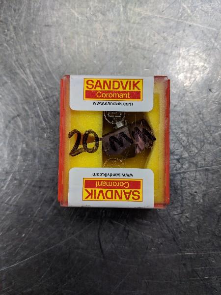 Sandvik Carbide Drill Tip Insert (P,N) 870-2000-20-PM 4234 QTY:1 (LOC624)