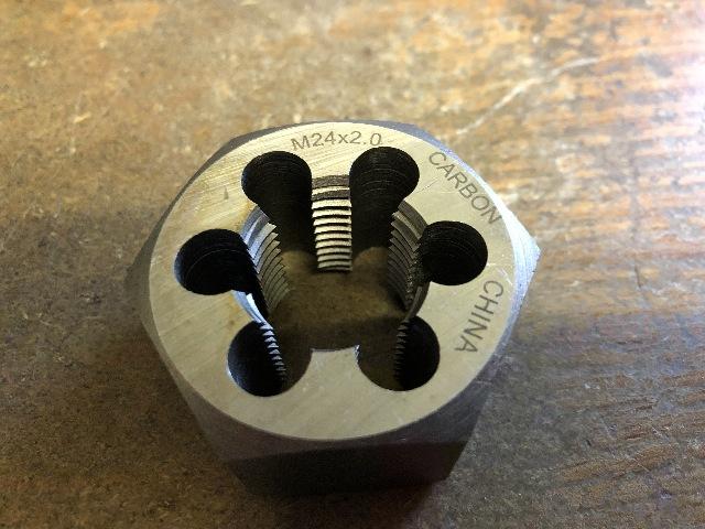 M24 X 2.00 CARBON STEEL HEXAGONAL RE-THREADING DIE