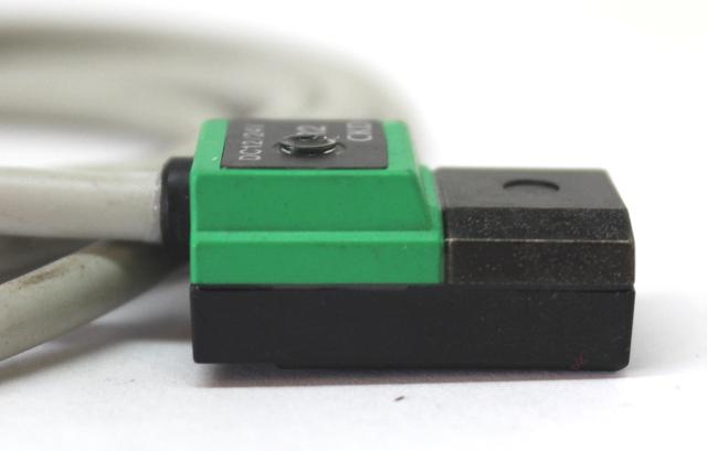 200VAC//24VDC *NEW BAG OF 2* CKD R0 RO Reed Sensor Switches