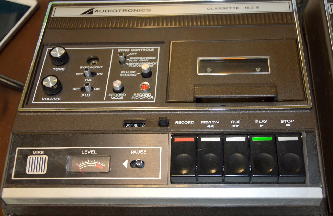 Vintage Audiotronics Classette 152S - 2 pieces- 1 powers on and 1 for  parts  | Surplus Trading Corporation