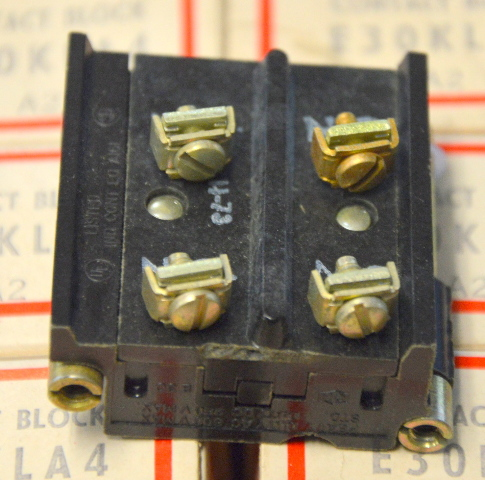 Cutler Hammer E30KLA4 Contact Block, A2 - Pack of 7 - NIB - New Old Stock
