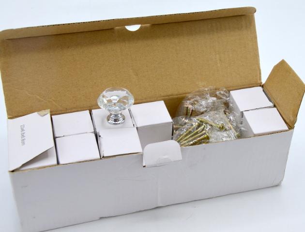 Diamond Clear CZC Home Plastic Crystal Knobs-Chrome bottom with hardware.  24pc