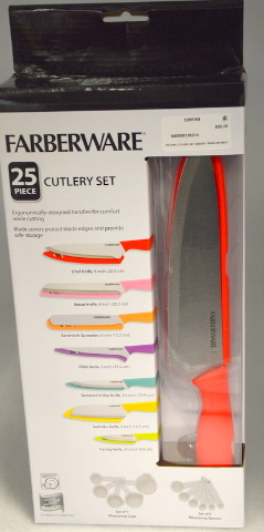 Farberware 25 pc. Cutlery Set with measuring cups and spoons.  New. #5280164