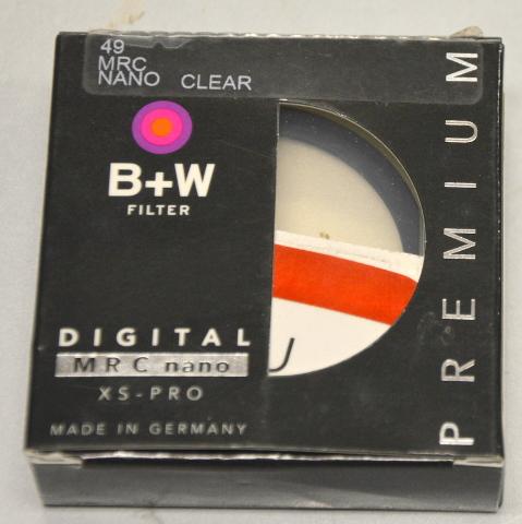 B+W 49mm FILTER XS-PRO, NANO CLEAR, #1066103 - PREMIUM
