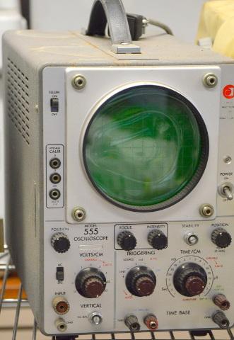Vintage Data Instrument #555 Oscilloscope -Powers On