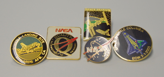 5 Nasa Collectible Pins - All New.