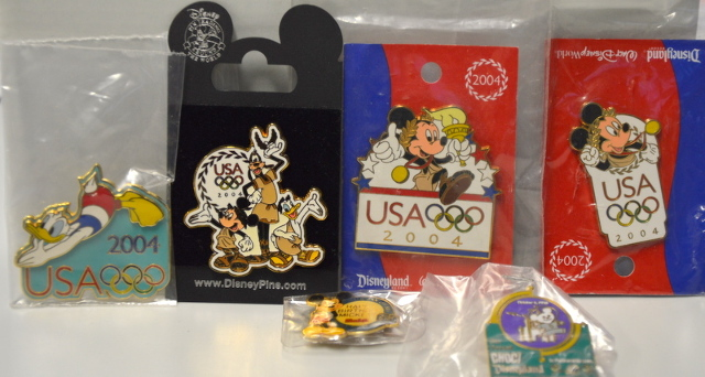 5 Disney Collectible Olympic Pins.  220506 - Mickey and Donald.