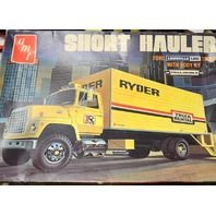 Vintage amt Short Hauler 1/25 Scale Ryder Rental Truck Model #T515