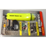 Pelican MityLite Flashlight #2420 4AA, Xenon Beam 250' Submersible-New Old Stock