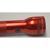 Maglite 2D Cell battery size.  Red, Works, batteries not included. S2D986