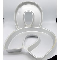 2- Wilton Cake Pans #502-3258 and 2105-2530 Horse Shoe Design.
