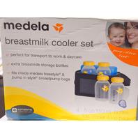 Medela Breast Milk Cooler and Tranport Set-4-5oz bottles, ice pack and carry bag.