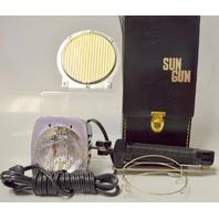 Vintatge Sylvania Sun Gun II Movie Light w/Bracket,Defuser and case.