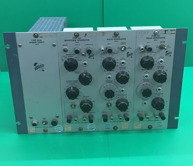 Tecktronix, Type 160 Series / 4 -part, Oscilloscope