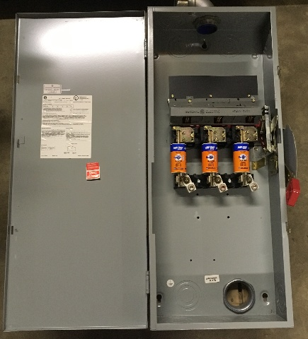 GE Fusible Heavy Duty Safety Swith/ 200 AMP, 600 VAC/ 250 Vdc, Cat No.TH3364