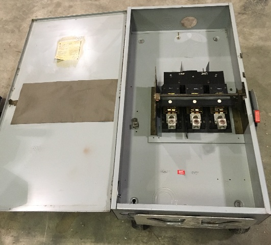 GE-HD Non Fusibile Safety Switch, 400 AMP, 600 VAC MAX HP 350, (NP1578002B)