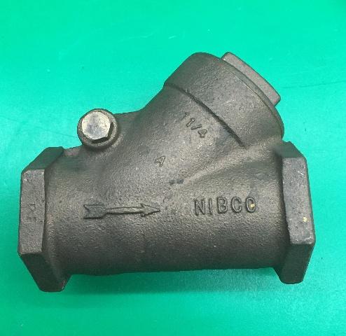 NIbco 1 1/4  Bronze Check Valve, Y Pattern, 125 SWP, 200 WOG