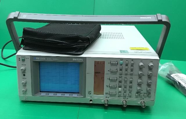Fluke & Philips Oscilloscope 3350A/50, W/ Phillips Passive Scope
