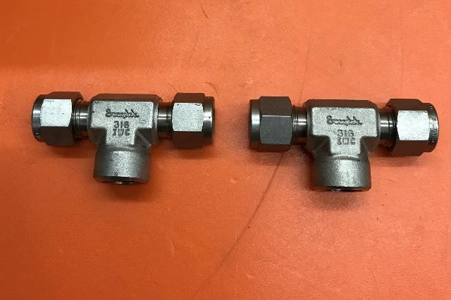 2/Swagelok SS-600-3TTF, Female Branch Tee, 3/8 in. Tube OD x 3/8 in. Tube OD x 1/4 in.