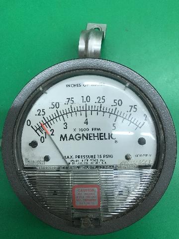 Dwyer-Magnehelic Indicating Transmitter, Cat No. 2002 AV, max press.15 PSIG